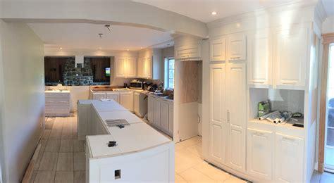 refaire cuisine en bois rénover décaper ou transformer ses armoires de cuisine