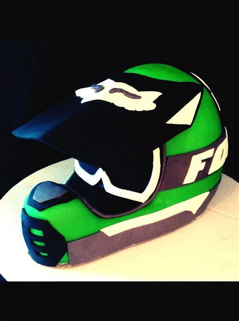motocross helmet cake dirt bike helmet cake sweet bee 39 z pinterest dirt