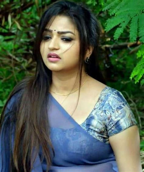 Nandhini Serial Actress Nithya Ram Hot Hd Photos