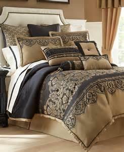 waterford bannon queen comforter set gold black