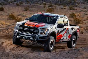 2017 ford raptor ford f 150 raptor 2017 wallpapers hd wallpapers id 2017 ford f 150 raptor off road race ready voltagebd Images
