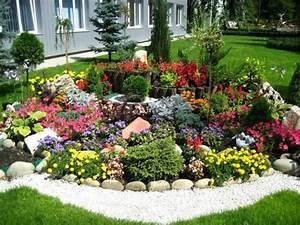Gartengestaltung Mit Steinen : 1001 ideen zum thema blumenbeet mit steinen dekorieren ~ Watch28wear.com Haus und Dekorationen