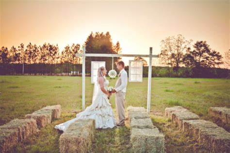 Burlap Inspired Country Wedding