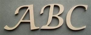 Lettre En Bois A Peindre : lettre bois hauteur 10 cm lettre bois mod le lucida ~ Dailycaller-alerts.com Idées de Décoration
