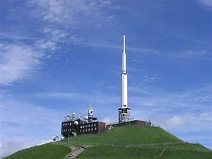 Puy De Dome : file puy de dome antenne wikimedia commons ~ Medecine-chirurgie-esthetiques.com Avis de Voitures