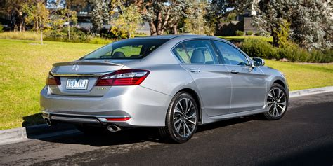 Review Honda Accord 2017 honda accord v6 review caradvice