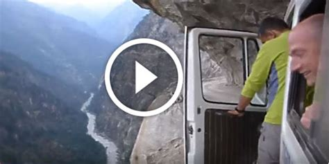 drive   scariest road   world