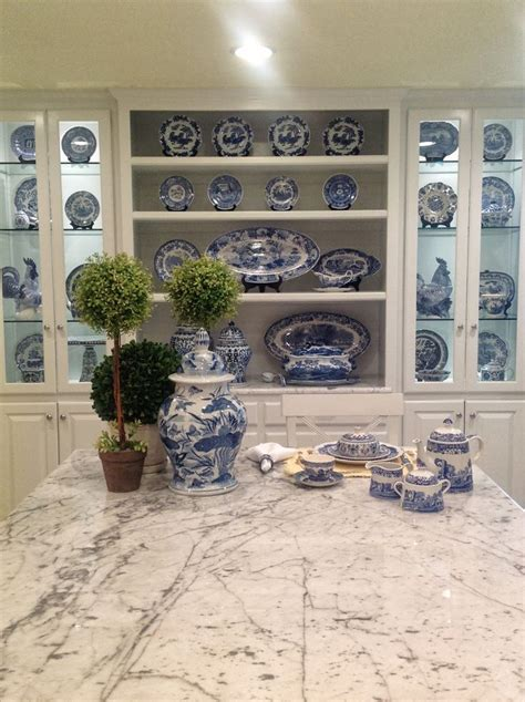 kitchen colors images best 25 blue white kitchens ideas on white 3391