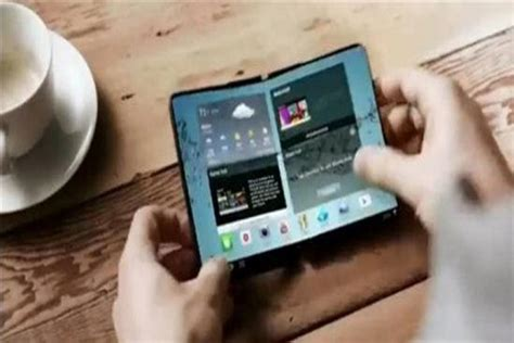 samsung folding phone tablet