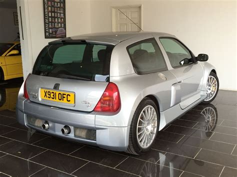 renault silver used iceberg silver renault clio for sale west sussex