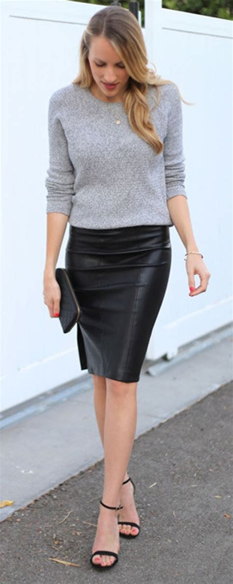 25+ best ideas about Pencil skirt casual on Pinterest | Black pencil skirt outfit Pencil skirts ...