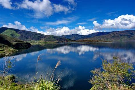 keindahan danau anggi papua backpacker jakarta