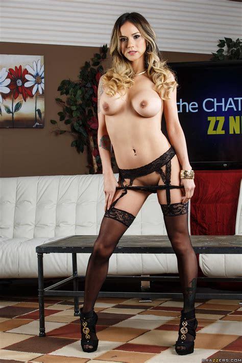 Hot Lady Is Wearing Erotic Black Lingerie Photos Nadia