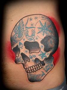 Tumblr Traditional Skull Tattoo 2015