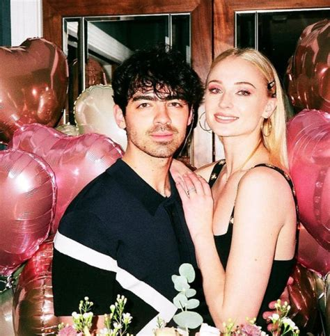 Sophie Turner Reacts To Taylor Swift's New Song Thought To ...