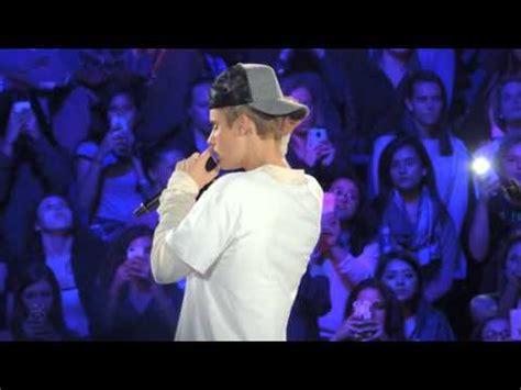 Download lagu umzukulu kanyathela nami ngulova mp3 dapat kamu download secara gratis di metrolagu. Mp3 Download : Justin Bieber Down To Earth - Mp3 Saves