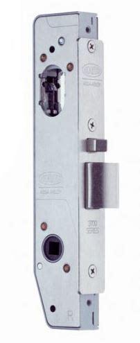 lockwood ss universal primary lock mm backset keeler hardware