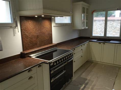 cuisine avec plan de travail en granit plan de travail en granit pour cuisine plan de travail en