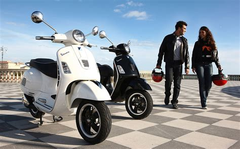 Vespa Gts 4k Wallpapers by Scooter Wallpapers 183 Wallpapertag