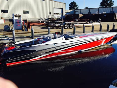 Fountain Boats Factory Location by What S The Latest Trend In Boat Paint Schemes Page 4