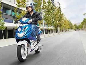 Changement Courroie Scooter 50cc : mbk nitro 2013 le 50cc sportif fait peau neuve ~ Gottalentnigeria.com Avis de Voitures