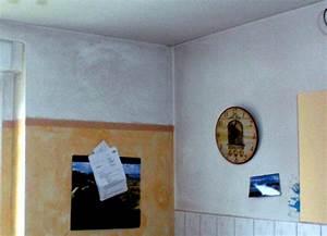 Schimmel Im Schlafzimmer Was Tun : wie kann man schimmel entfernen schimmel in der wohnung ~ Michelbontemps.com Haus und Dekorationen