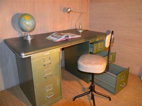 bureau industriel vintage bureau industriel bureau métallique bureau yac bureau