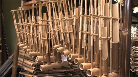 Alat musik tradisional dan cara memainkan alat musiknya. 8 Alat Musik Tradisional Indonesia yang Mendunia | Mediapenulis.com