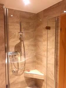 Dusche Mit Sitz : dusche mit nische und sitz mit steinoptikfliesen diverse verdecket revisionsklappen herrmann ~ Sanjose-hotels-ca.com Haus und Dekorationen