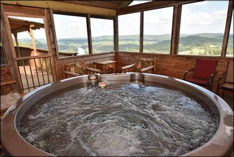 Maybe you would like to learn more about one of these? Cabins In Eureka Springs Arkansas With Outdoor Hot Tubs ...