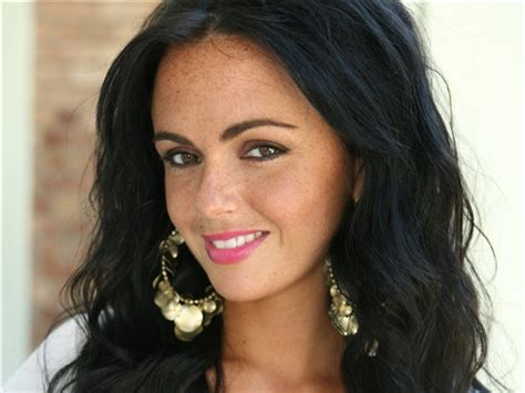 Hollyoaks favourite mercedes mcqueen (jennifer metcalfe) discovers that serial killer silas blisset (jeff rawle) is back in the village in upcoming scenes.the mcqueen family blackmailing storyline. Mercedes McQueen | Hollyoaks Wiki | FANDOM powered by Wikia