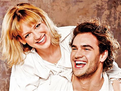 tom bateman partner hilary mantel s wolf hall the jewels in queen hilary s