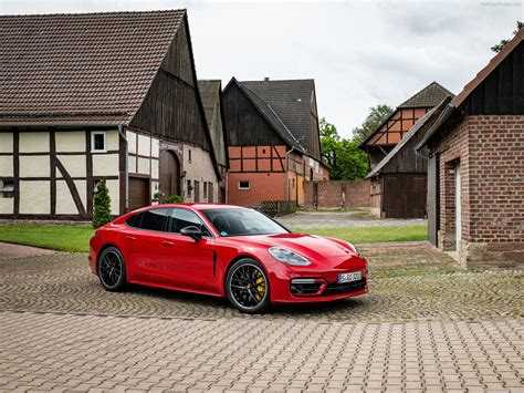 The 2021 porsche panamera arrived last week, and it has stirred the lineup heavily. Porsche Panamera GTS (2021) - picture 7 of 73