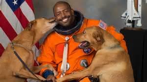 nasa astronaut leland melvin remembers  police