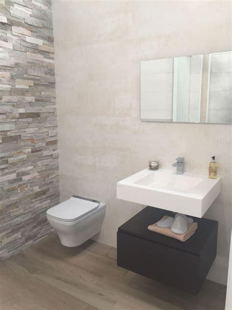 Bathroom Tile Feature Ideas by Split Slate Tile Feature Wall And Bathroom