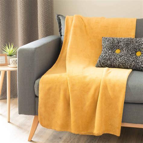 deco pour chambre ado garcon plaid doux jaune moutarde 150 x 230 cm chaleur maisons