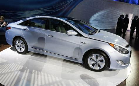 Hybrid Gas Mileage by 2011 Hyundai Sonata Hybrid Gas Mileage Version Photos