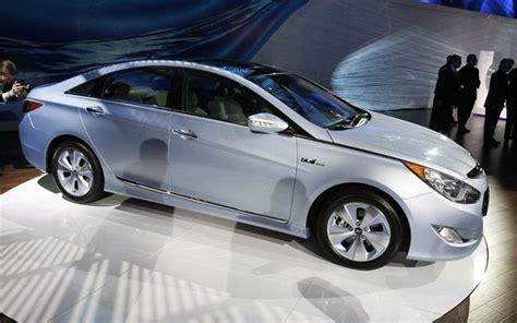 2011 Hyundai Sonata Hybrid Gas Mileage Version