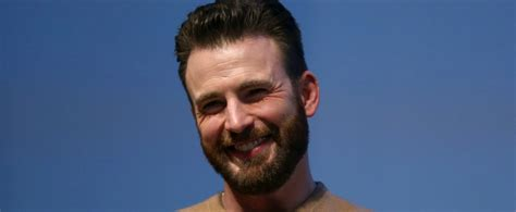 [WATCH] Chris Evans Addressed Private Penis Photo In Interview