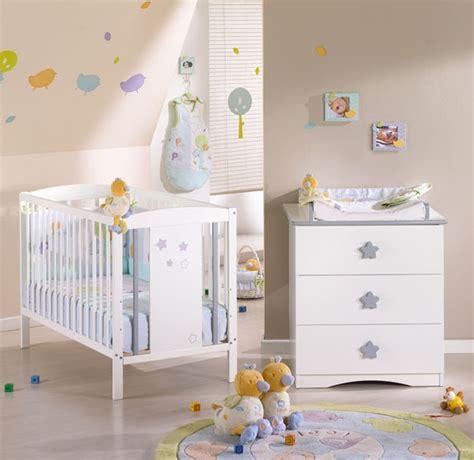 chambre de bébé conforama commode bébé conforama 3 tiroirs avec plan à langer photo