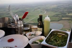 hot air balloon restaurant serves   meals