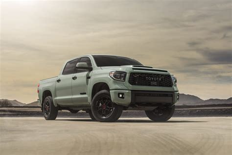 color  toyota trd pro  trail updates trims suspensions   news  fast