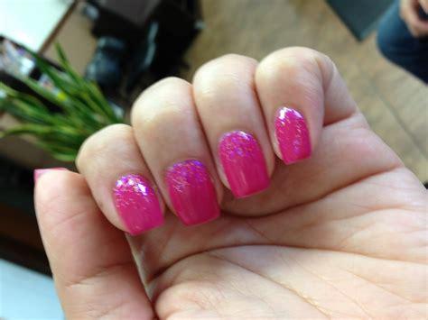 Fuschia Pink Ombré Gel Nail Polish