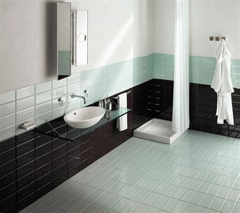 Kleines Bad Fliesen Oder Verputzen by Fliesen In Holzoptik Badezimmer Wohnlich Gestalten