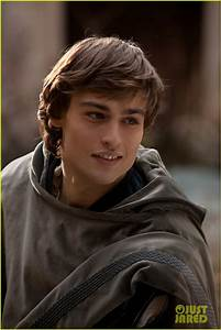 Full Sized Photo of hailee steinfeld douglas booth first ...