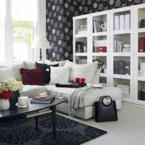Bilder Wohnzimmer Schwarz Weiss by 21 Black And White Traditional Living Rooms Digsdigs