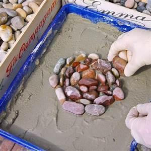 Pflastersteine Selber Machen : mosaikplatten aus beton selber machen mein sch ner garten ~ Yasmunasinghe.com Haus und Dekorationen
