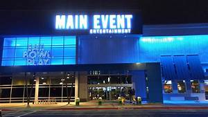 THE MAIN EVENT - News - Examiner - Independence, MO