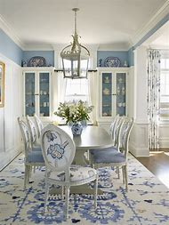 Blue and White Dining Room Idea