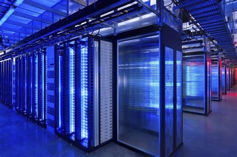 india losing   race  regional data center hub dcd